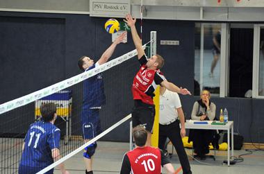 SVW-Kapitän Conrad Darmer führte seine Mannschaft zu einem klaren 3:0-Erfolg über die Volley Tigers aus Ludwigslust. Foto: Joachim Kloock