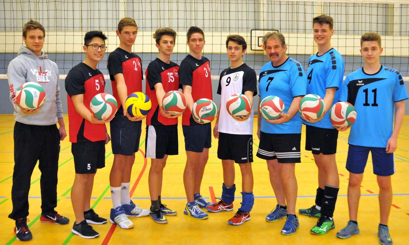 U 18M mit Trainern Axel und Lucas